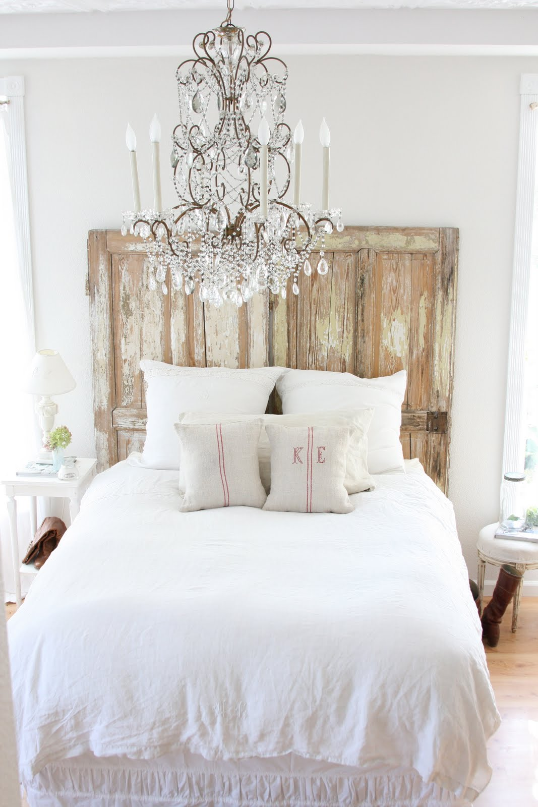 Pretty bedheads pretty spaces for White chandelier for bedroom